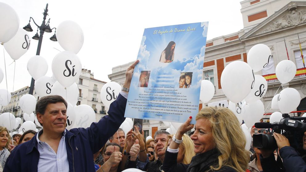 Globos blancos en Madrid por la prisión permanente revisable