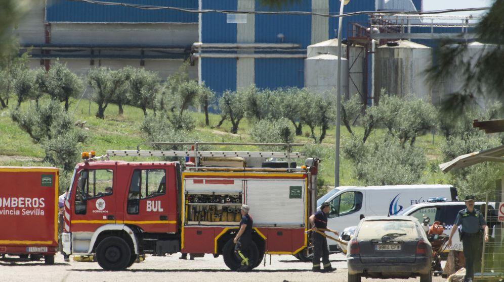 Foto: Los bomberos quieren multar a los que hacen llamadas falsas y hacen un uso frívolo del servicio (EFE/Raúl Caro)