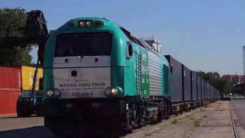 Salen desde Yiwu en dirección a la estación de Abroñigal (Madrid) dos trenes por semana. (EC)