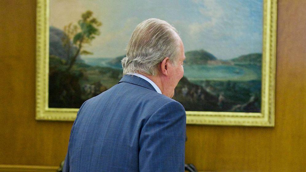Foto: El rey Juan Carlos de espaldas. (EFE)