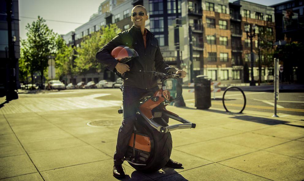 Foto: Ryno, la moto eléctrica de una sola rueda