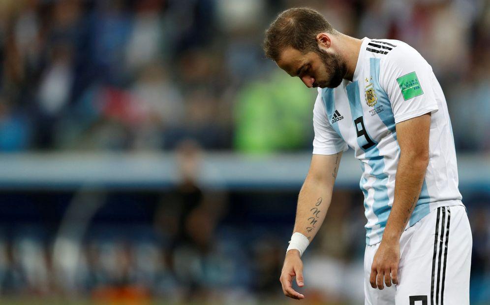 Foto: Gonzalo Higuaín tras perder Argentina por tres goles a cero contra Croacia. (Reuters)
