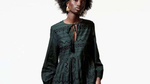 Este vestido corto de Zara tiene el visto bueno de las estilistas