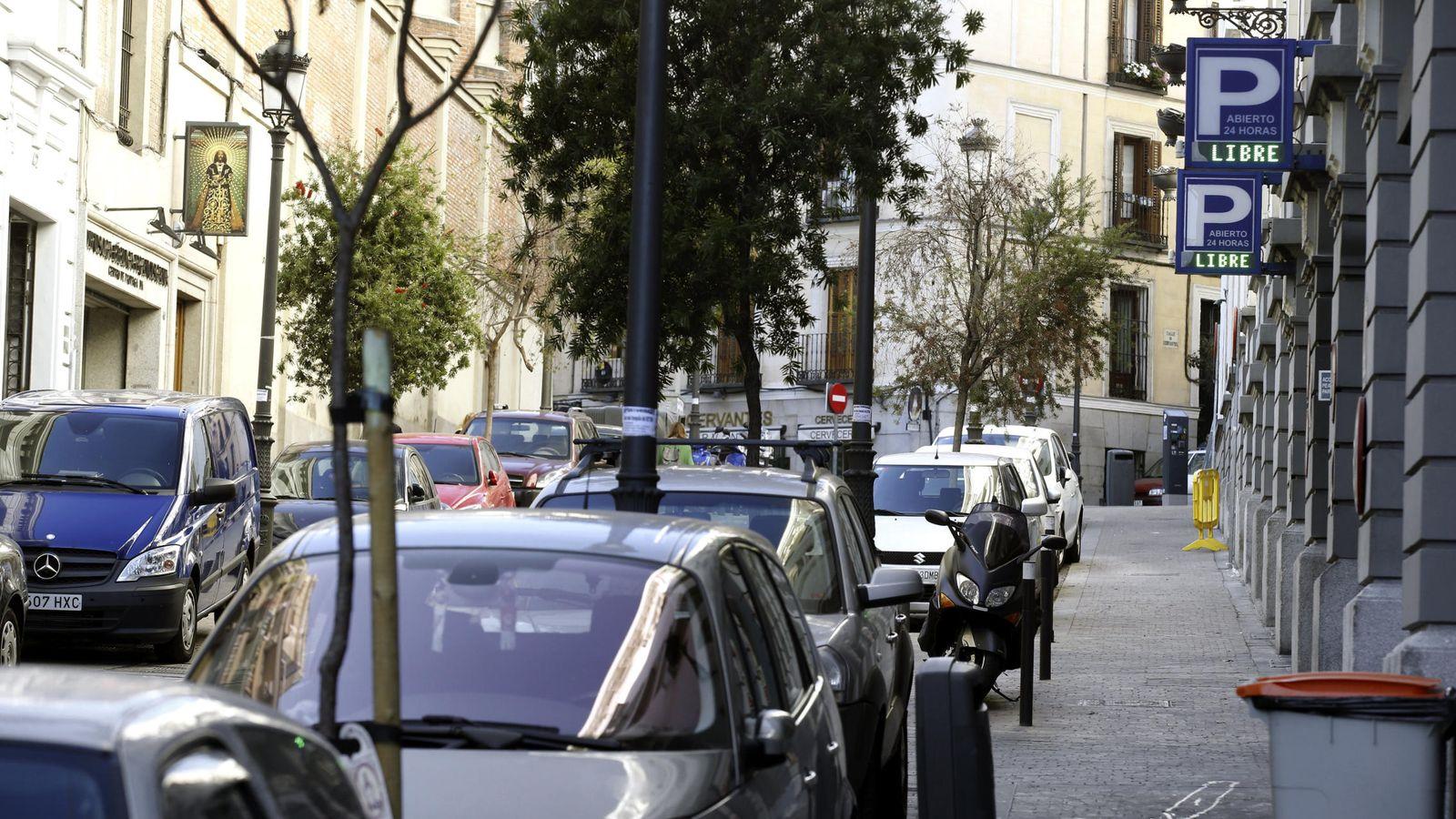 Foto: Los parquímetros no expenderá tickets e informarán en sus pantallas de la prohibición de aparcar. (EFE)