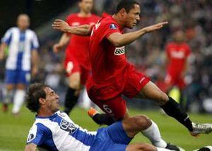 Sevilla y Espanyol se enfrentan con la esperanza de disipar sus dudas
