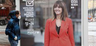 Post de Bajándose la mascarilla antes de votar y con mucho gel: así serán las elecciones vascas