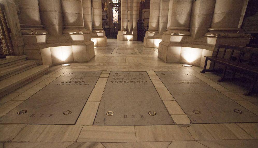 Foto: Cripta de la catedral de la Almudena donde los nietos quieren enterrar a Franco. (Enrique Villarino)