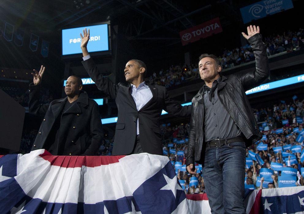 Foto: Los cantantes Jay-Z y Bruce Springsteen durante la campaña electoral de Barack Obama en Ohio, en noviembre de 2012 (Reuters)