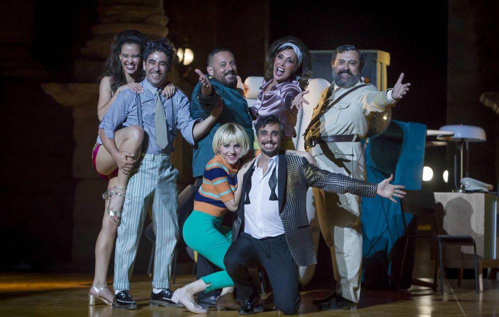 Foto: El elenco de 'La comedia de las mentiras' (Jero Morales)