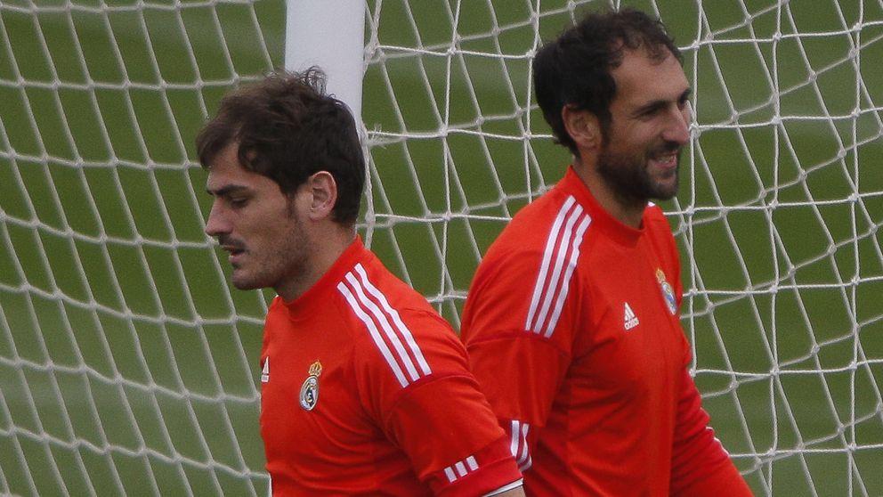 Vender a Iker Casillas y Diego López parece la única solución