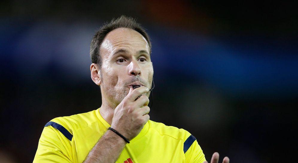 Foto: Mateu Lahoz arbitró este pasado viernes el amistoso Francia-Alemania disputado en París (Cordon Press)