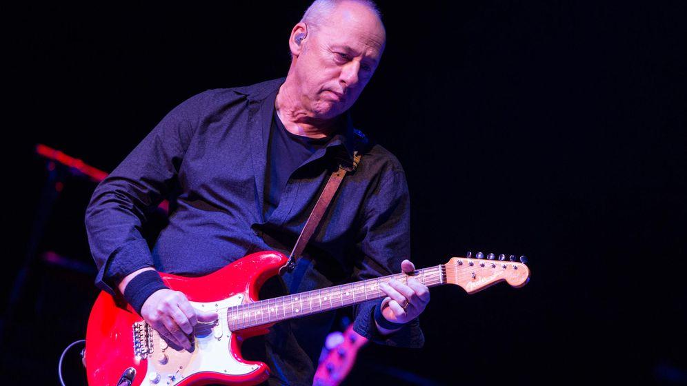 Foto: Mark Knopfler en una actuación en Los Ángeles en 2013.