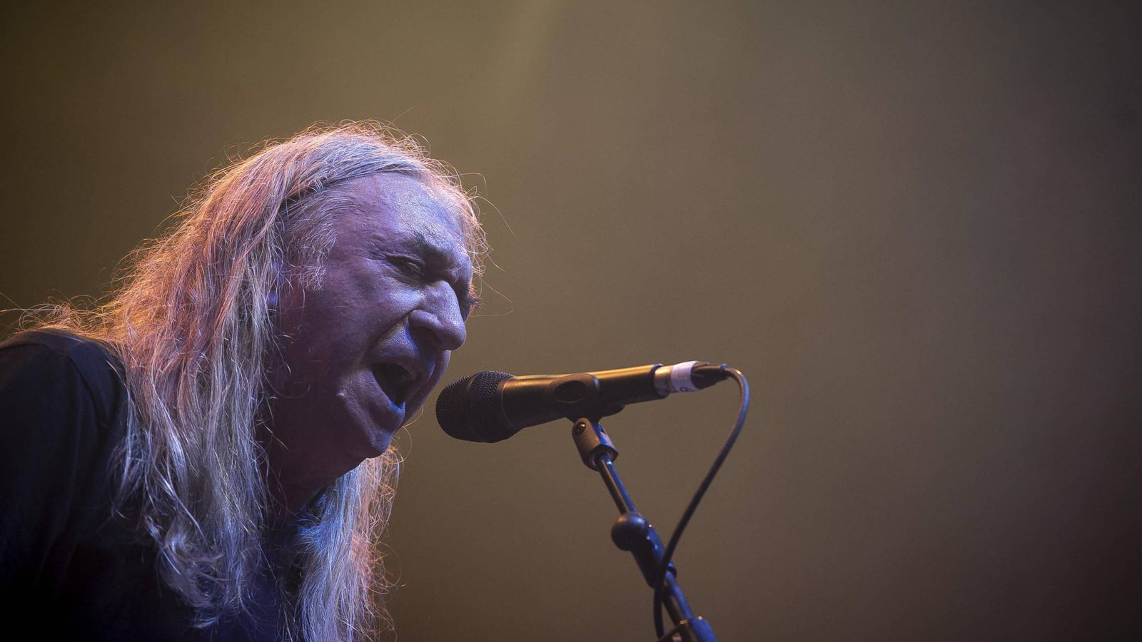 Foto: Rosendo durante una actuación en Burgos. (Cordon Press)
