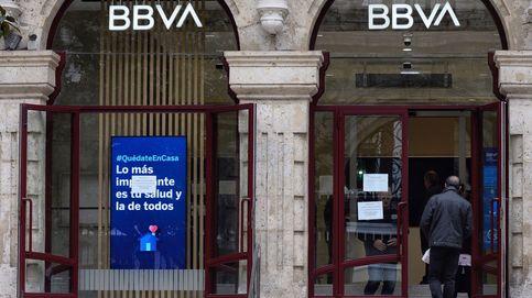 La gran banca recorta 1.400 empleos y cierra 271 oficinas en el primer semestre
