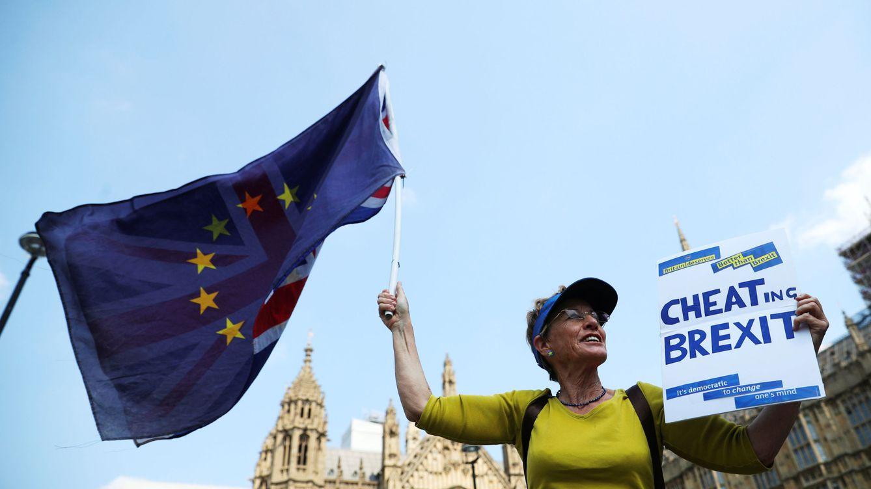 El Brexit, otra vez sin fecha: la Cámara de los Lores tumba el calendario cerrado de May