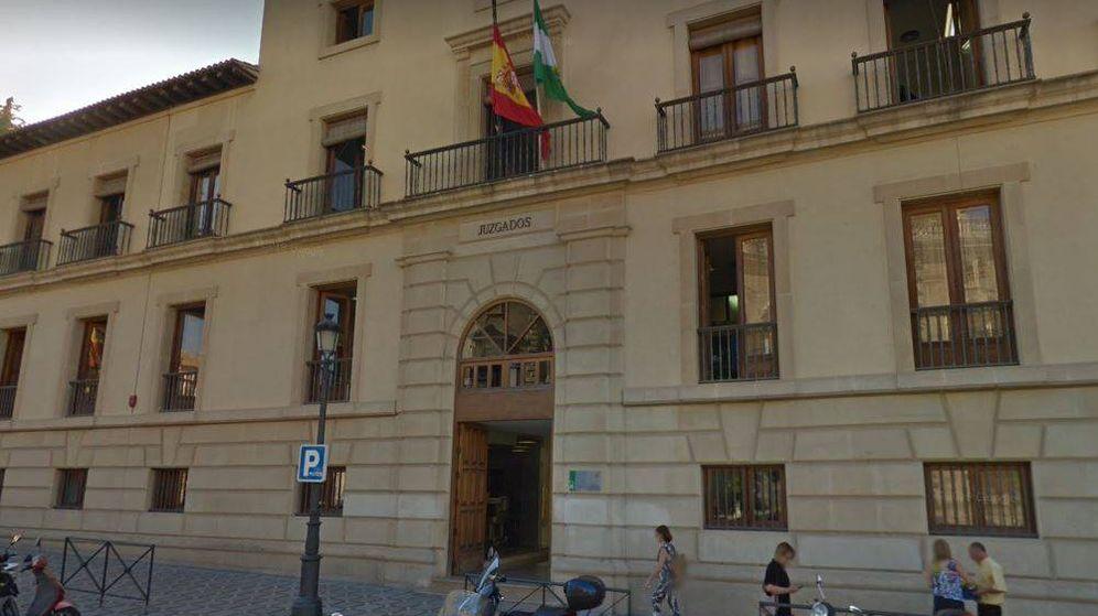 Foto: Exterior de la Sección Segunda de la Audiencia provincial de Granada. (Google Maps)