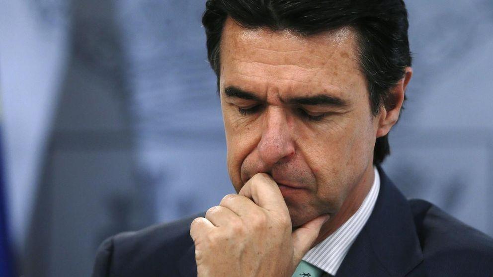 Chasco para Soria: hasta septiembre no aprobará el decreto de autoconsumo