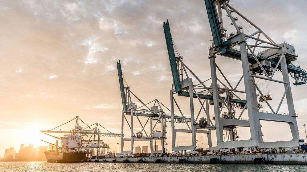 Foto: Defex ofrece apoyo de exportación de material en puertos y aeropuertos. (defex.es)
