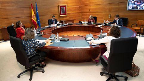 El Gobierno anima a las CCAA a hacer como Euskadi y plantearle restricciones por fase