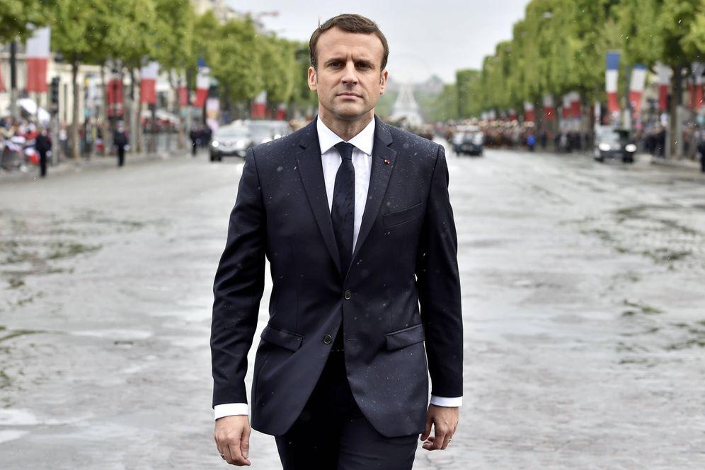 Foto: Emmanuel Macron a su llegada a una ceremonia en la Tumba del Soldado Desconocido, en París, el 14 de mayo de 2017. (Reuters)