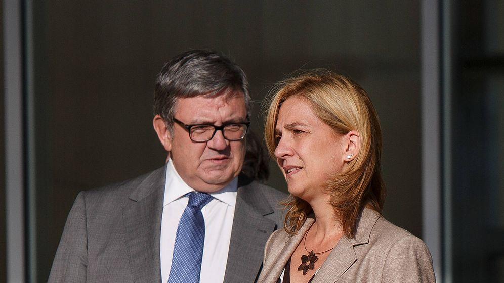 Foto: La infanta Cristina y García Revenga en una imagen de archivo. (Getty Images)