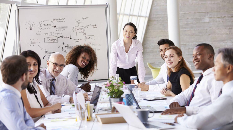 Postureo empresarial: lo que debes decir y hacer en las reuniones para parecer listo