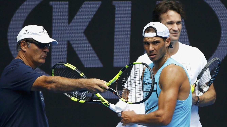 Foto: Toni Nadal y Rafa nadal, en el Abierto de Australia (Reuters)