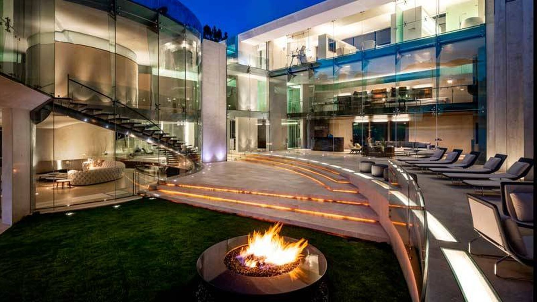 El acero y el vidrio destacan en la construcción. (Realtor.com)