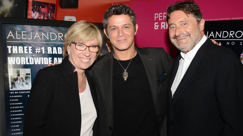 Rosa Lagarrigue, Alejandro Sanz y Jesús López. (Getty)