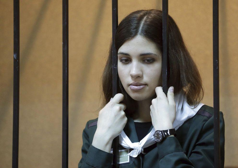Foto: Fotografía de abril de 2013 de Nadezhda Tolokónnikova, integrante del grupo Pussy Riot, famoso por su pulso con Putin (Efe).