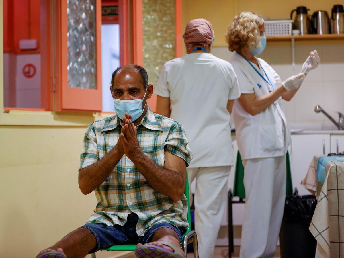 Foto: Vacunación en Barcelona. (EFE)