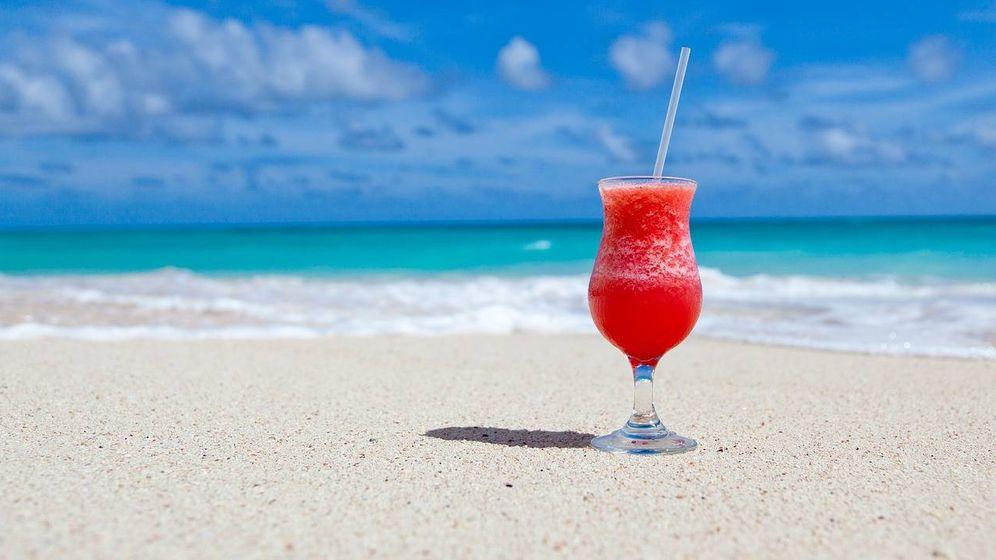 Foto: Cóctel a la orilla de la playa.