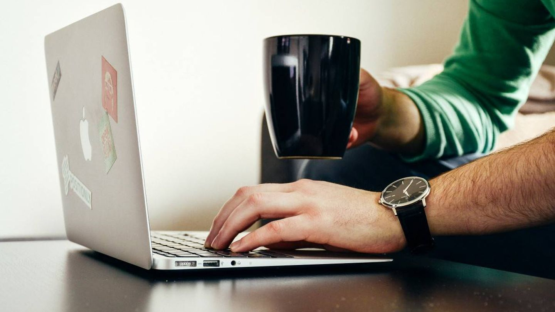 Cuántas veces no te ha funcionado internet y has tenido que reiniciar el 'router'. Foto: PxHere