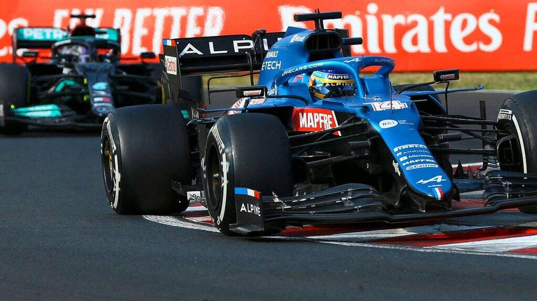 Las 11 vueltas tras Alonso impidieron una holgada victoria de Hamilton en Hungaroring