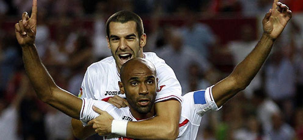 Kanouté anuncia al Sevilla que continuará hasta acabar su contrato