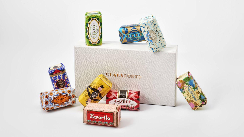 Gift Box 9 Mini Soaps, de Claus Porto (65 €). Una selección de jabones lusos.