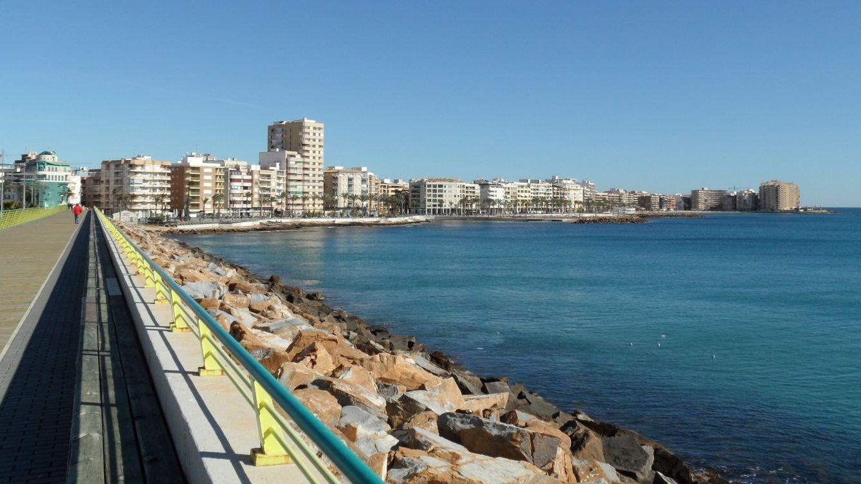 El tiempo en Torrevieja para hoy: alerta amarilla por fenómenos costeros