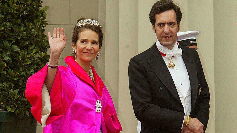La infanta Elena y Jaime de Marichalar, en 2004. (Getty)