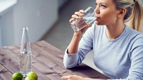 Por qué es muy importante que bebas agua antes de acostarte