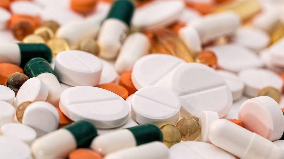 Foto: medicamentos farmacos Imagen de Steve Buissinne en Pixabay.
