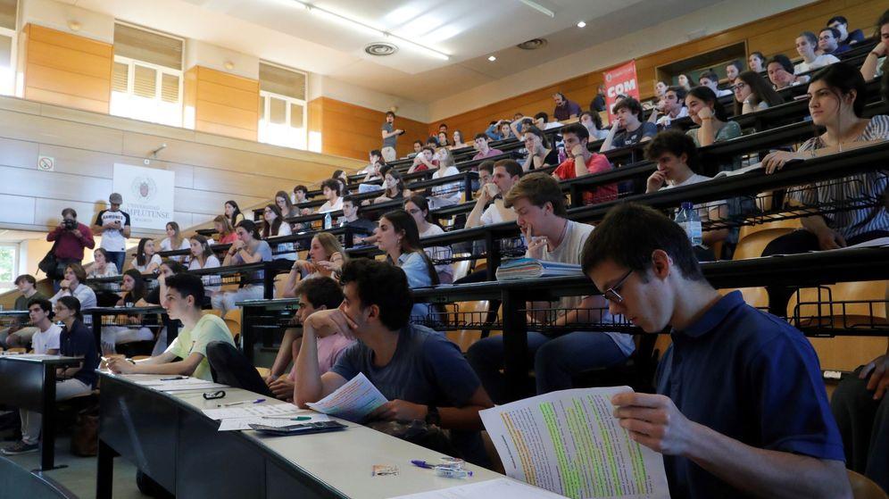 Foto: Evaluación para el Acceso a la Universidad (EvAU) de 2019 en Madrid. (EFE)