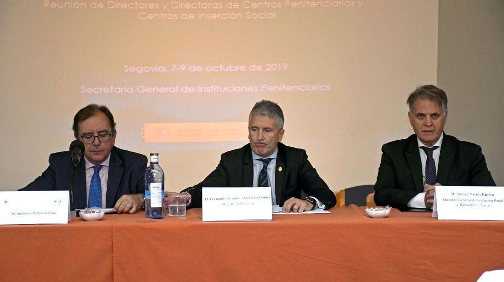 Foto: Nistal, a la derecha, en una imagen de archivo junto a Marlaska (c), en la reunión anual de directores de centros penitenciarios. (EFE)