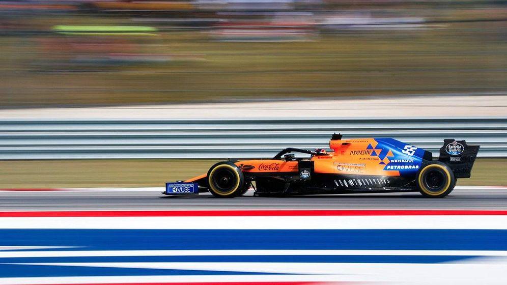Foto: La transformación del MCL34 y un Sainz pletórico dieron a McLaren otra victoria entre la clase media (McLaren)