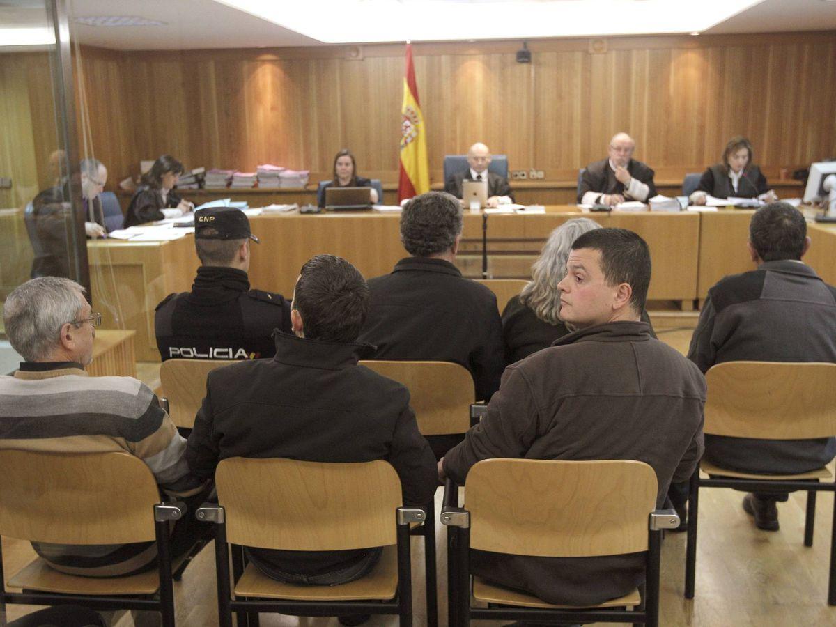 Foto: Seis miembros de los GRAPO. (EFE)