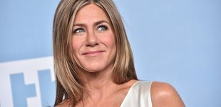 Post de Jennifer Aniston arrasa en IG con su pijama de los Emmy, diseñado por otra estrella de Hollywood