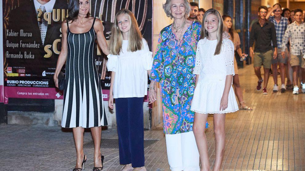 Las reinas Letizia y Sofía marcan su estilo al acudir al ballet con Leonor y Sofía