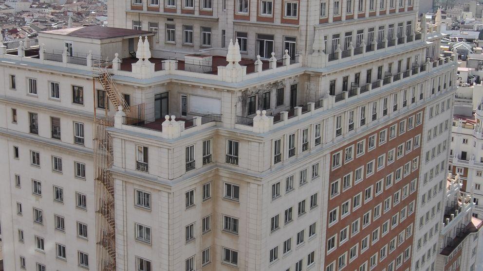 Barra libre municipal para el 'lifting' chino al Edificio España