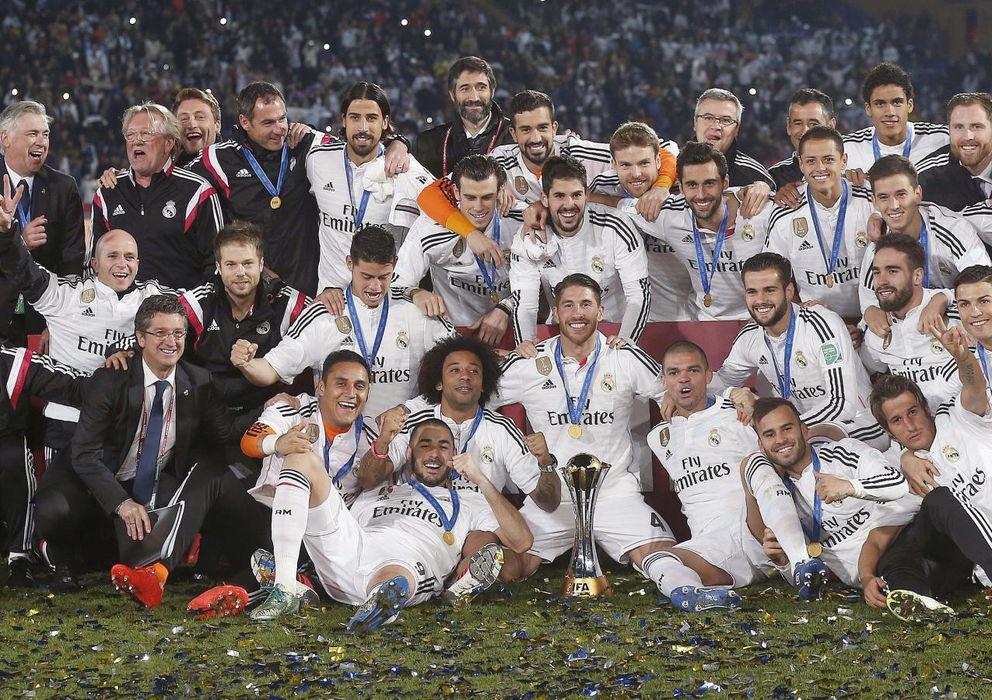 Foto: La plantilla del Real Madrid, tras conseguir el Mundial de Clubes ante San Lorenzo de Almagro.