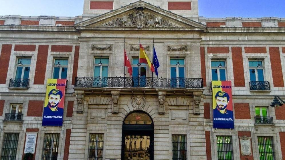 Foto: Fachada de la Real Casa de Correos, sede del Gobierno de la Comunidad de Madrid. (EFE)
