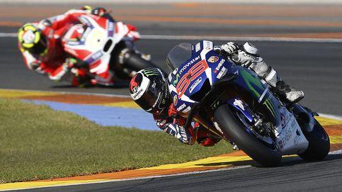 Lorenzo aguanta la recuperación de Márquez y deja Yamaha con un triunfo
